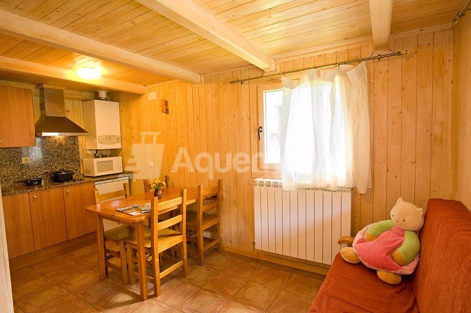 Bungalow de 2 habitaciones - Pequeño salón-comedor