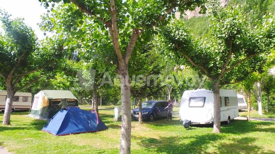 Parcela Camping La Borda d'Arnaldet